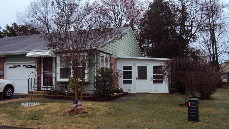 20  Lenape Drive,  Whiting, NJ