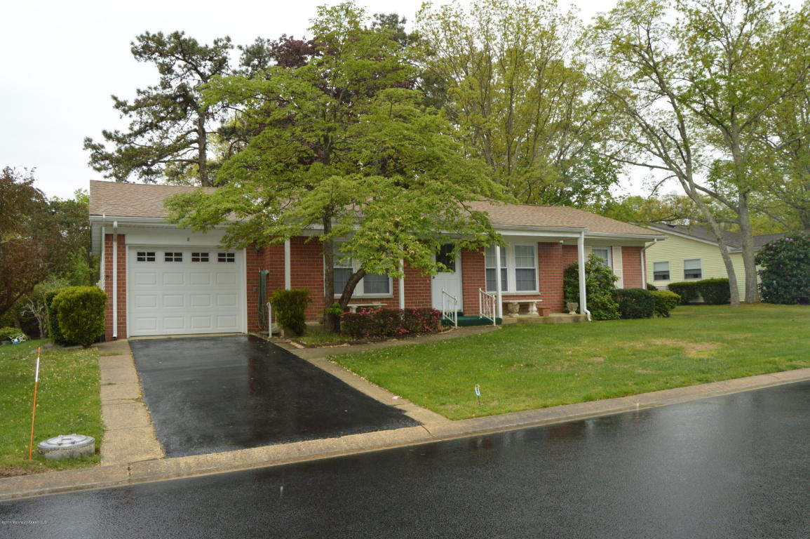 8  Bowie Drive,  Whiting, NJ