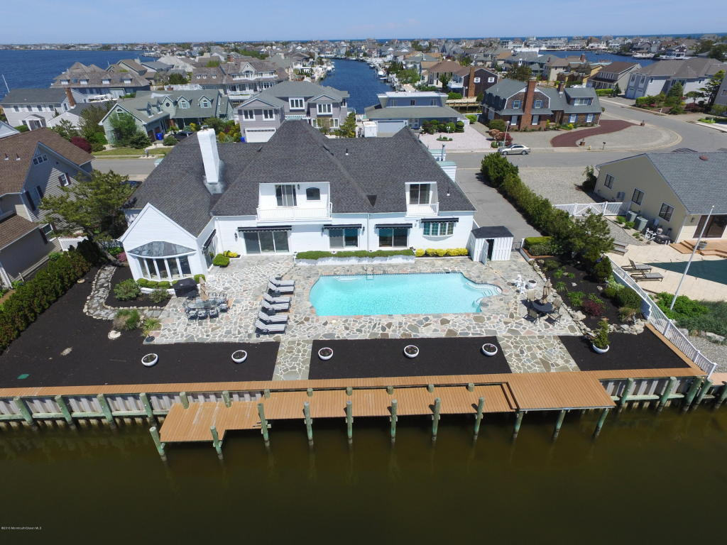 230  Squan Beach Drive,  Mantoloking, NJ
