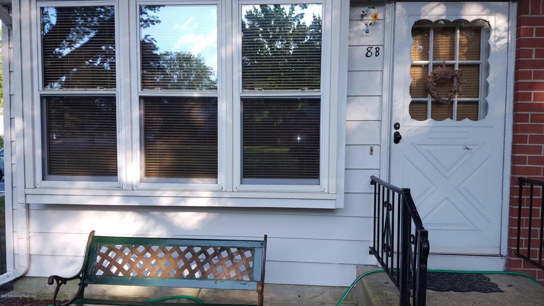 8  Homestead Drive,  Whiting, NJ