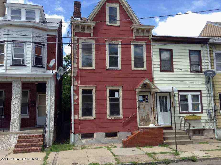 8  West Street,  Trenton, NJ