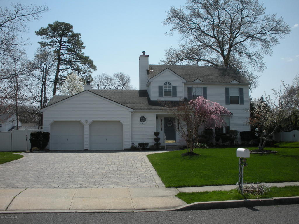 Homes For Sale In The Victoriana Subdivision Toms River