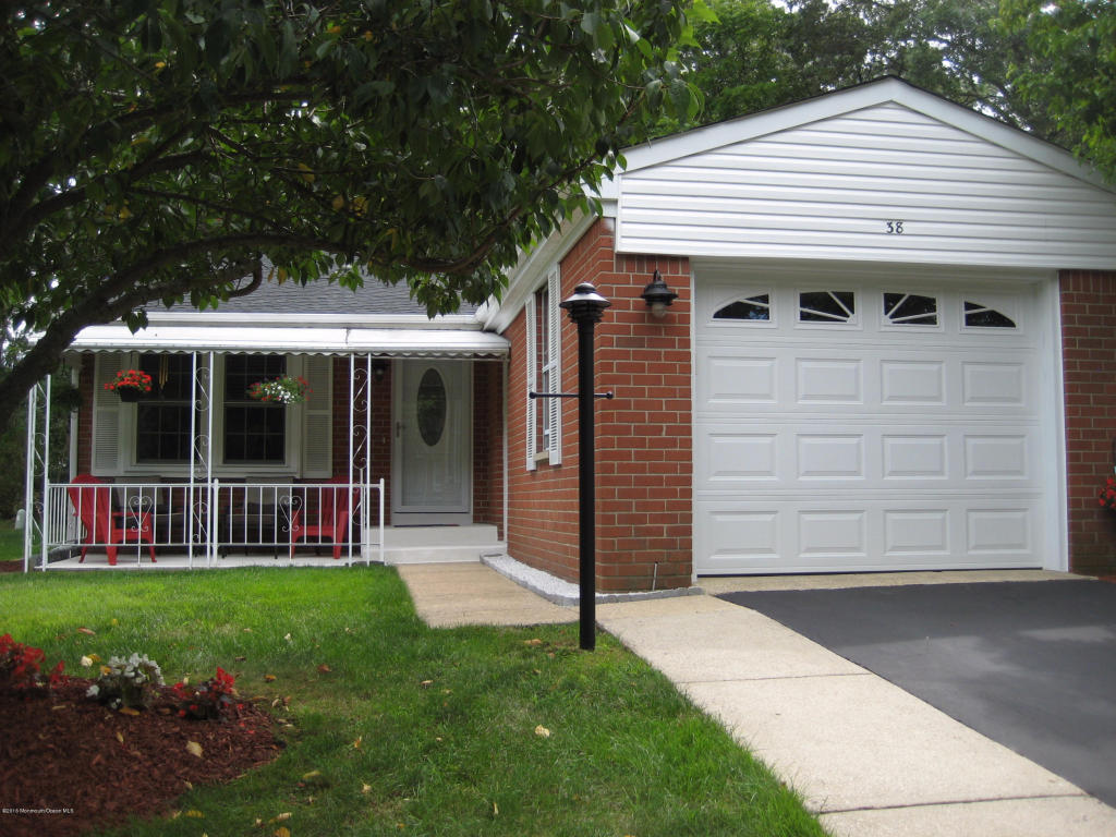 38  Bowie Drive,  Whiting, NJ