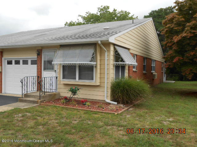 13 B  Monmouth Lane,  Whiting, NJ