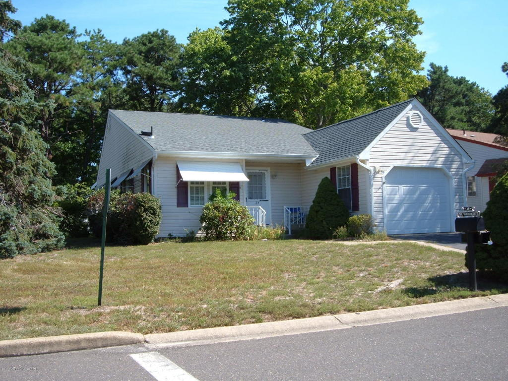 35  Auburn Street,  Whiting, NJ