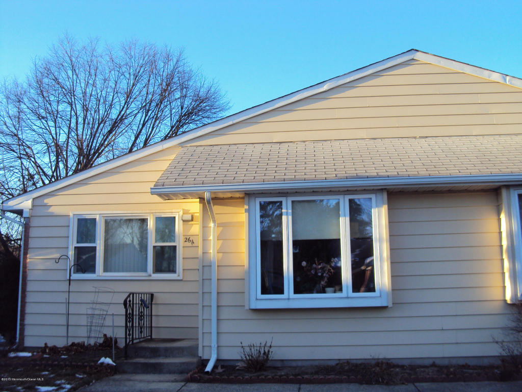 26  Constitution Boulevard,  Whiting, NJ