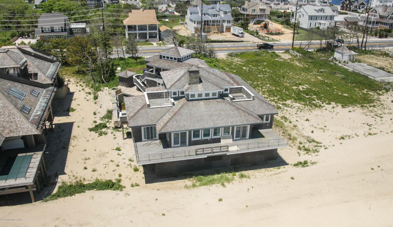 1217  Ocean Avenue,  Mantoloking, NJ