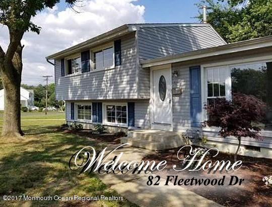 82  Fleetwood Drive,  Hazlet, NJ