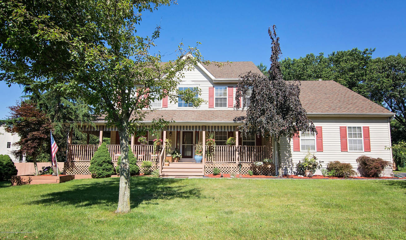 11  Poppy Lane,  Howell, NJ