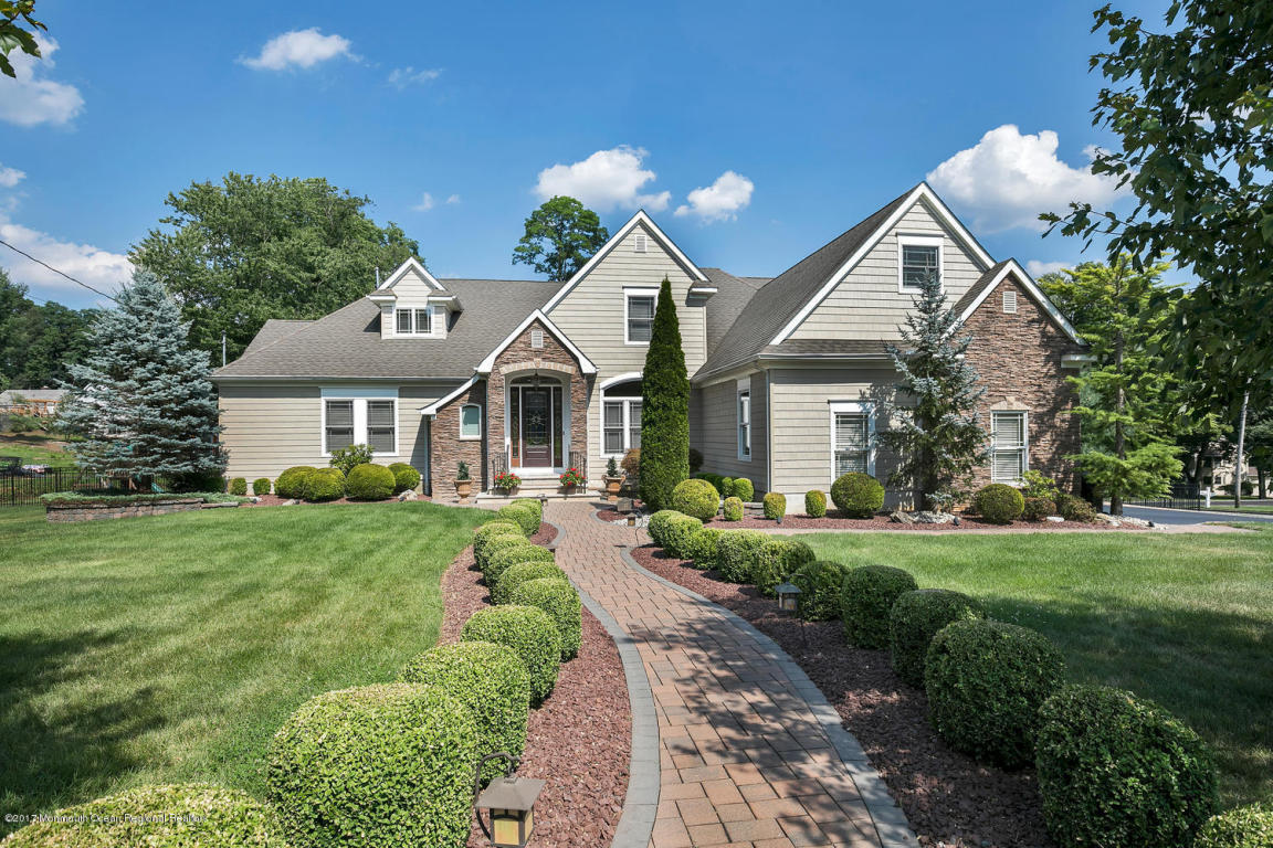 23  Normandy Court,  Middletown, NJ