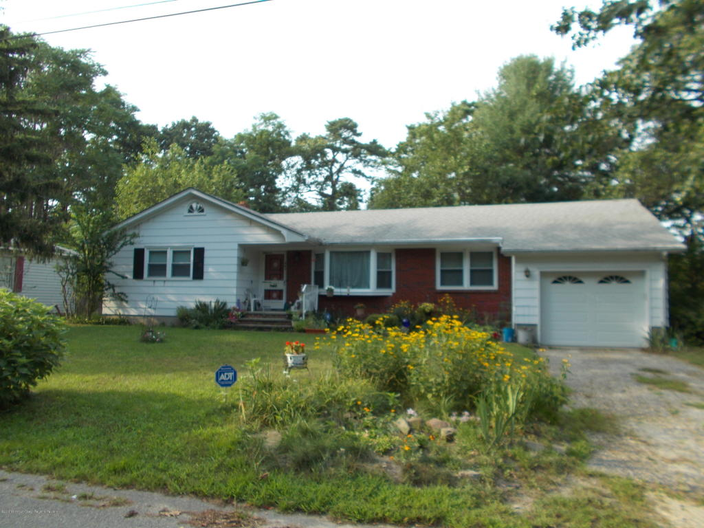 401  Lakewood Avenue,  Whiting, NJ