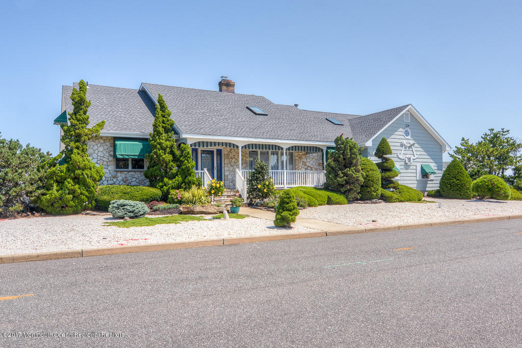 3501  Churchill Drive,  Toms River, NJ