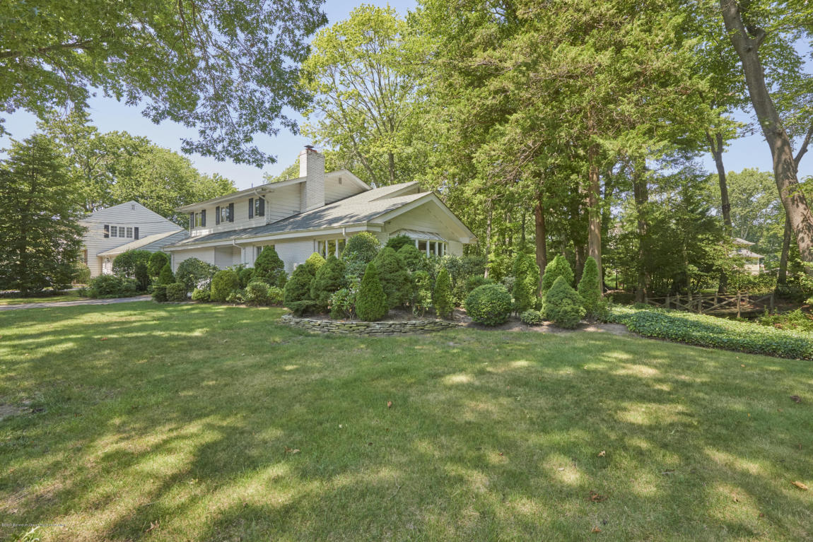 615  Bridlemere Avenue,  Interlaken, NJ