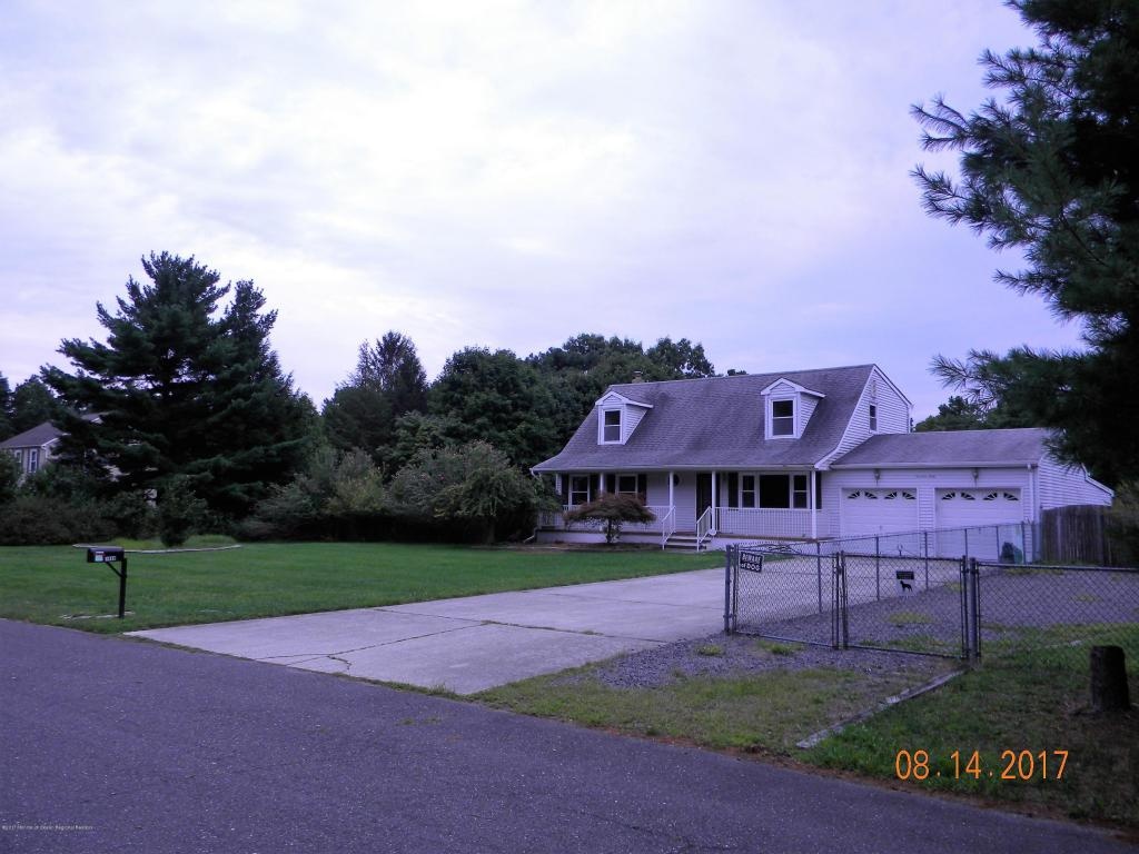 1460  Zeppelin Avenue,  Whiting, NJ