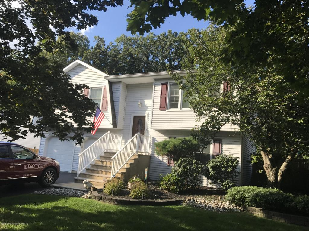12  Priscilla Lane,  Howell, NJ