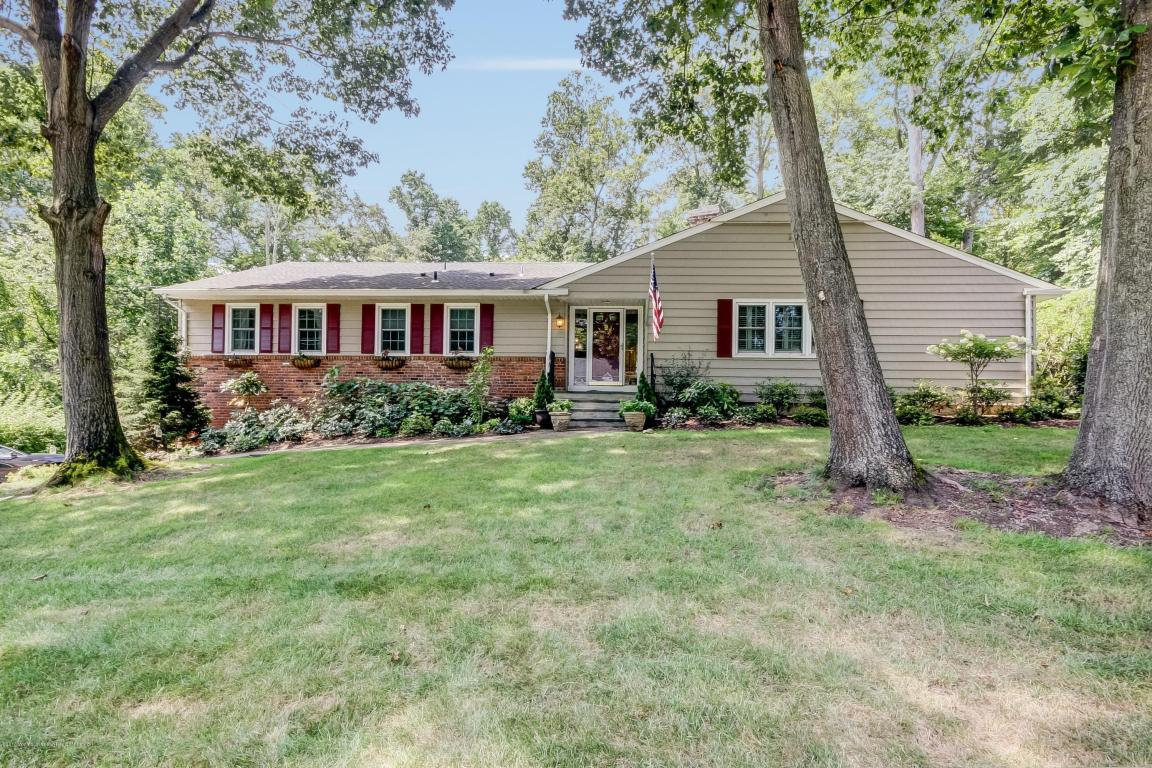 33  Fox Hill Road,  Middletown, NJ