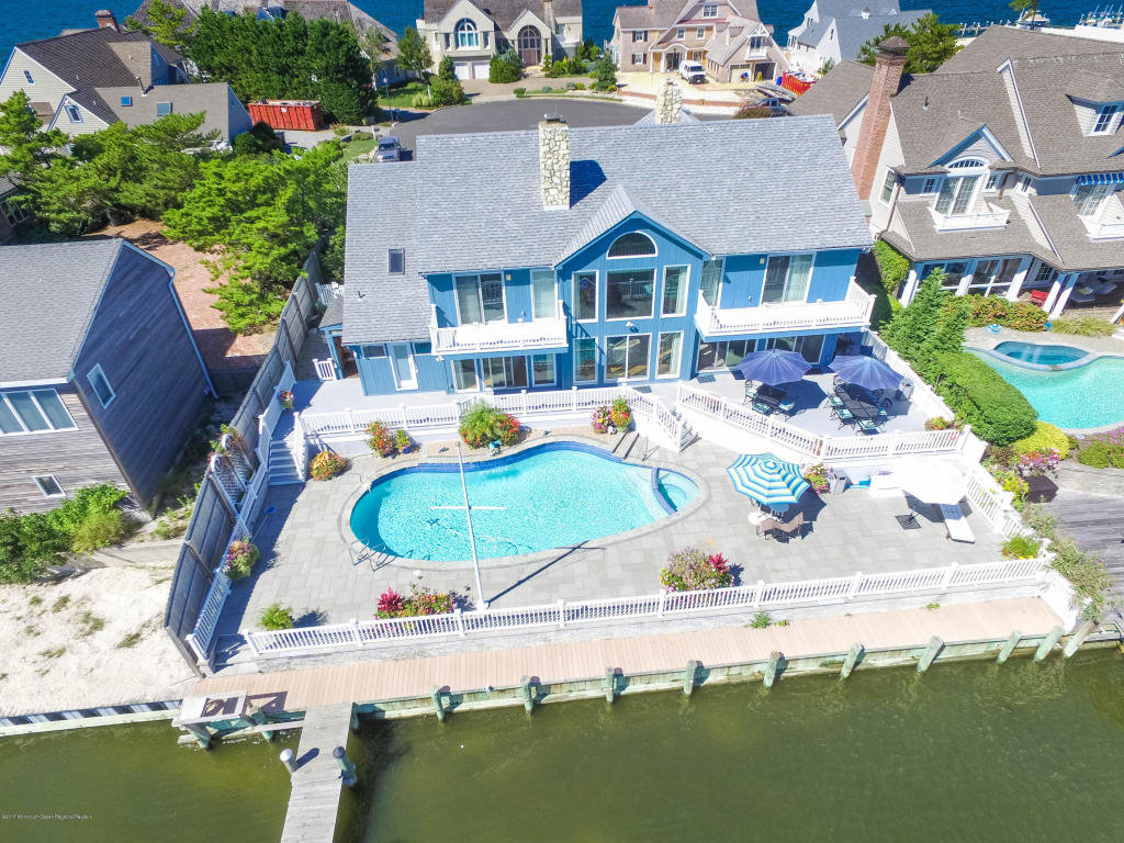 272  Dutchmans Point Road,  Mantoloking, NJ