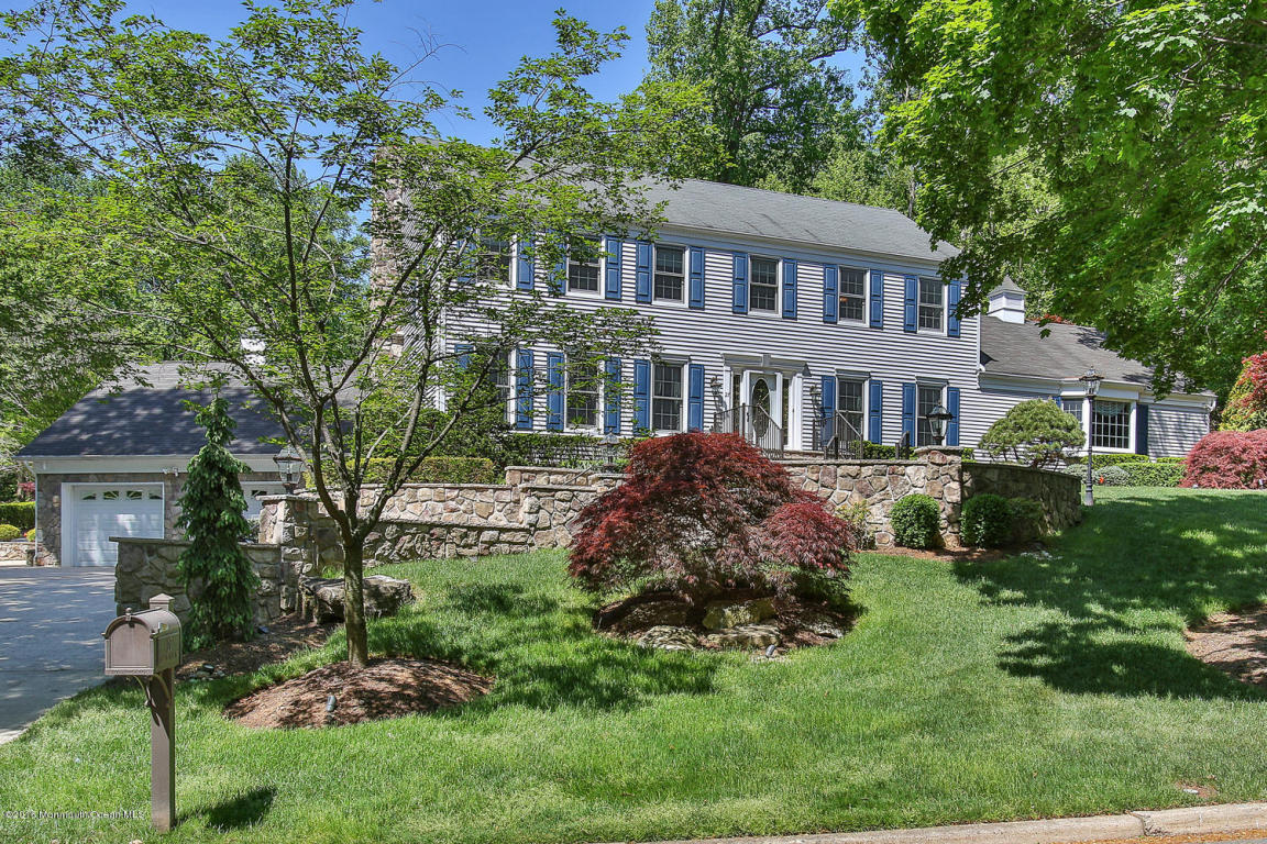 27  Bunker Hill Drive,  Middletown, NJ