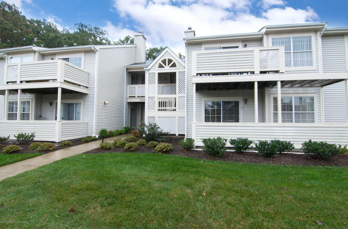 77  Briarwood Court,  Howell, NJ