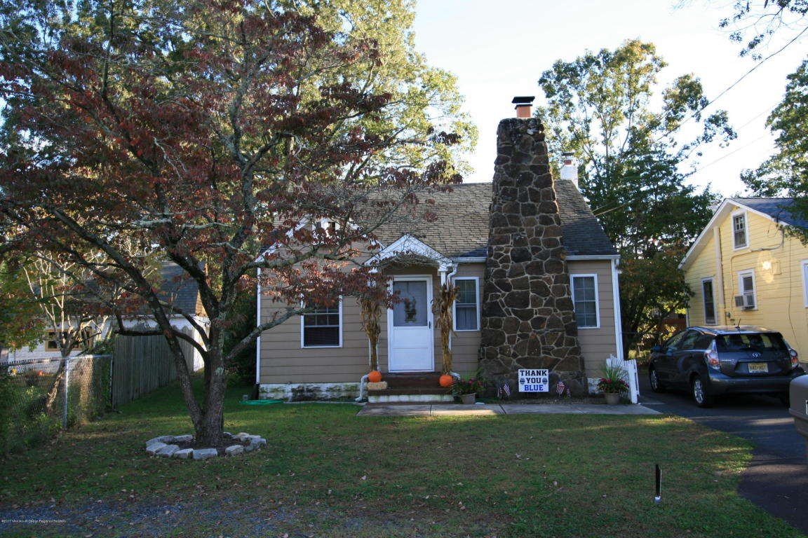 1203  Holly Place,  Forked River, NJ