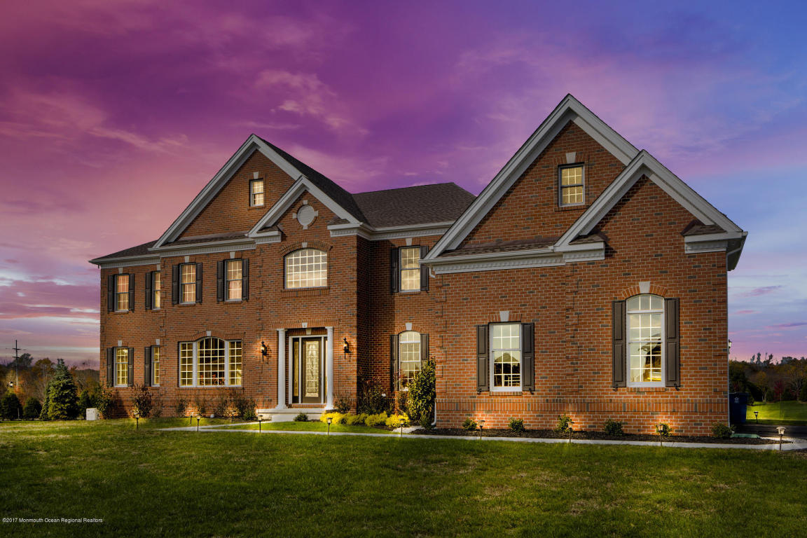 Luxury Homes for sale in HOLMDEL, NJ | HOLMDEL MLS | HOLMDEL Real Estate