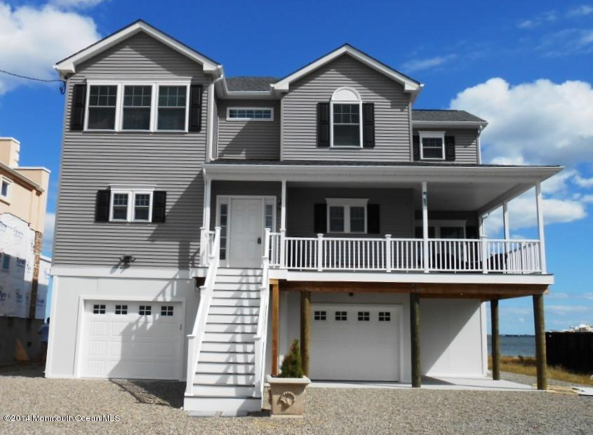 683  Bayview Drive,  Toms River, NJ