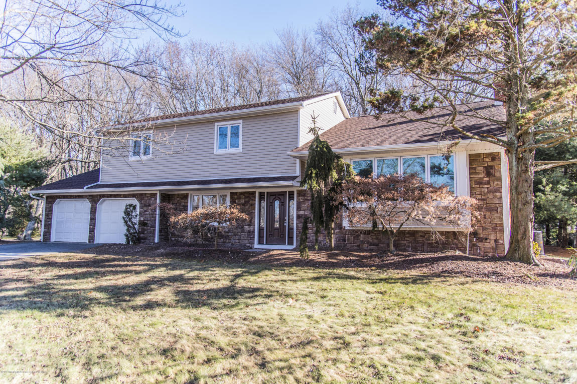 21  Canadian Woods Road,  Marlboro, NJ