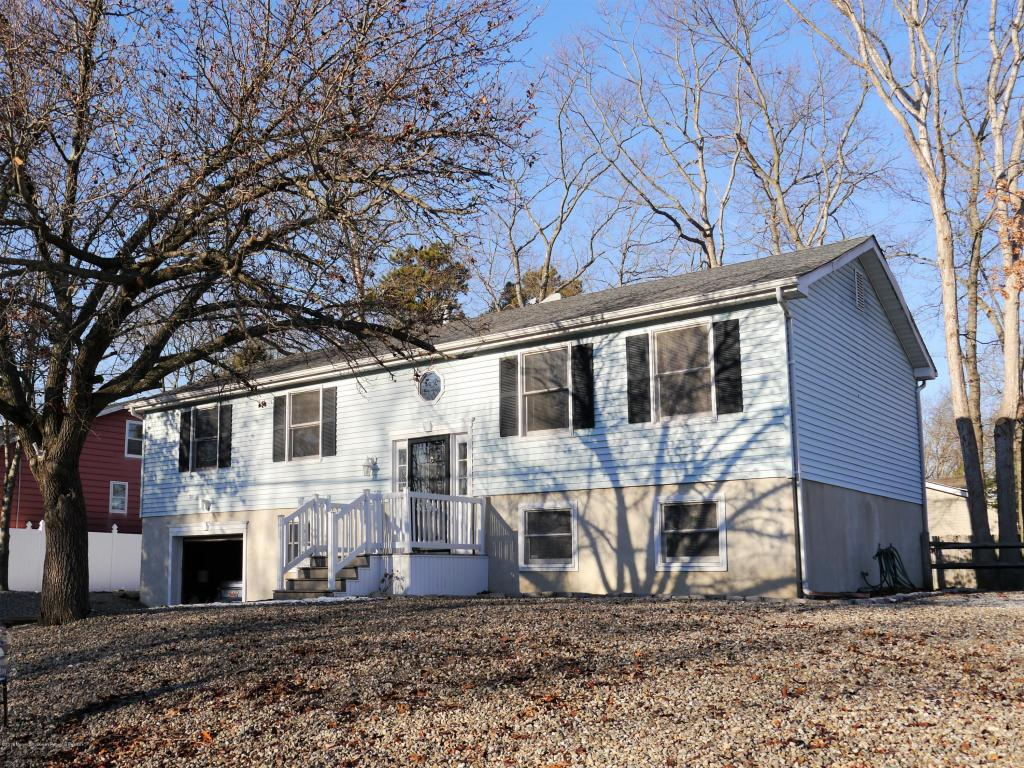 900  Clifton Street,  Forked River, NJ