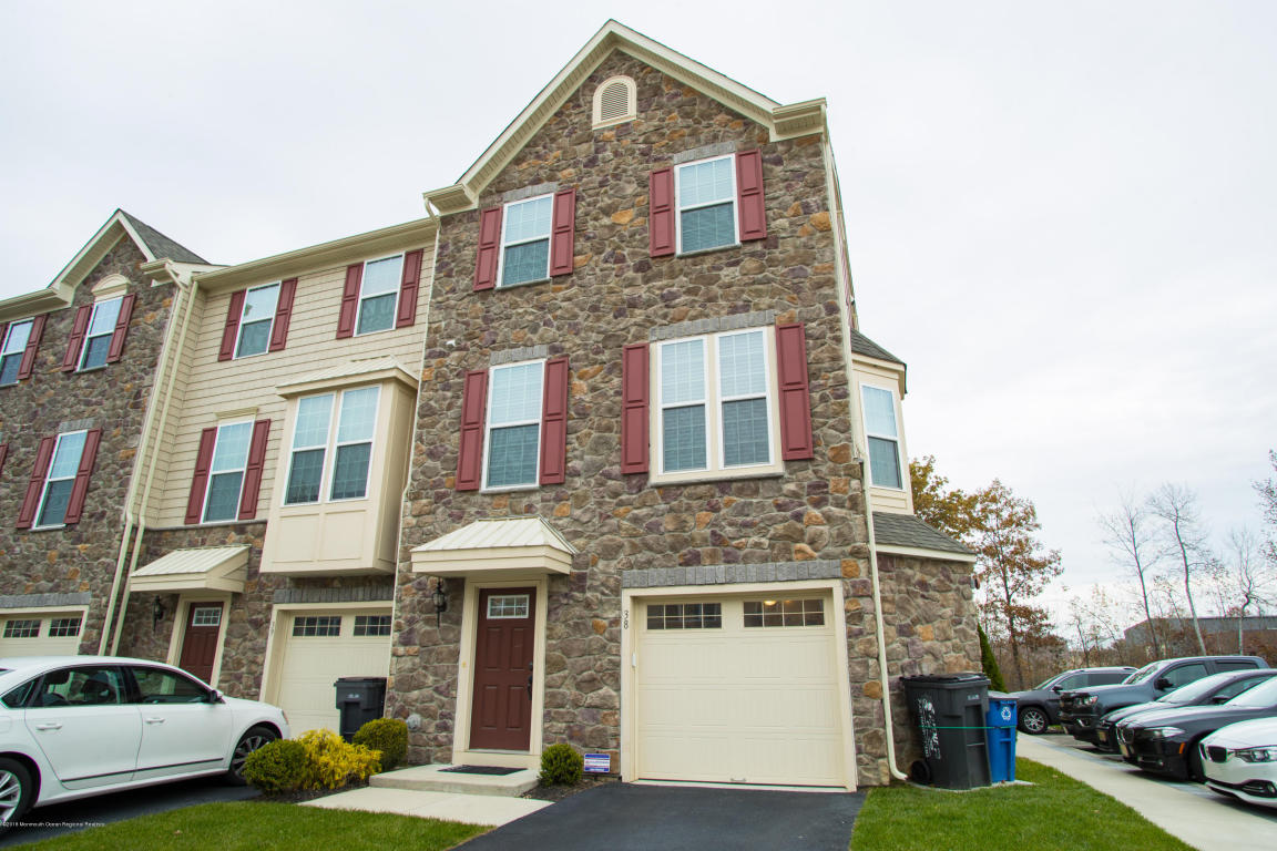 38  Phillip E. Frank Way,  Aberdeen, NJ