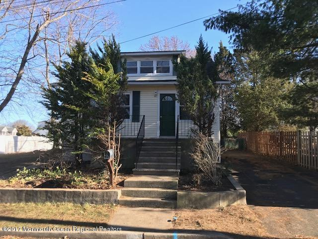 44  Lake Boulevard,  Aberdeen, NJ