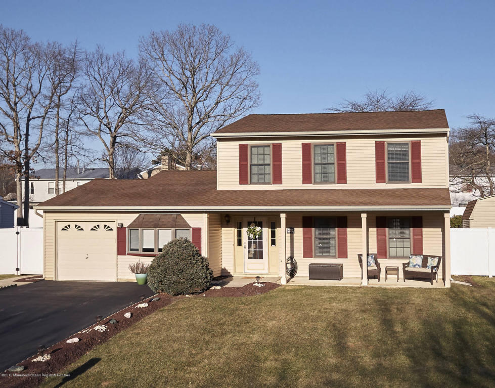 96  Starlight Road,  Howell, NJ