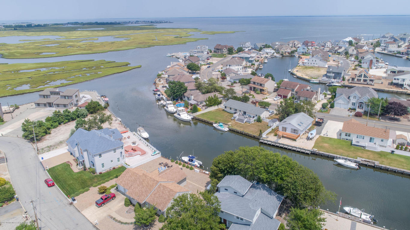 1081  Montauk Drive,  Forked River, NJ