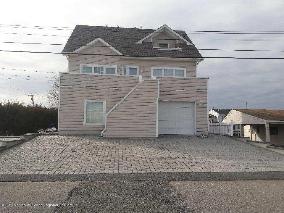 1401  Island View Drive,  Forked River, NJ