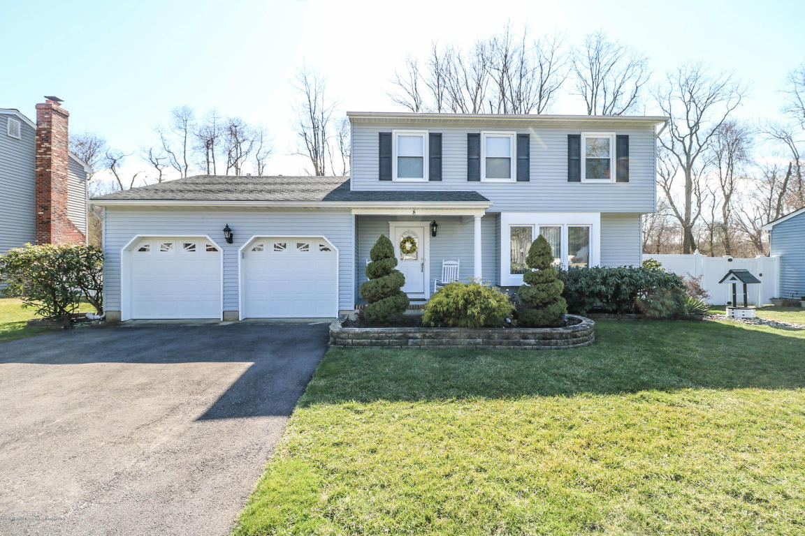 8  Cherry Tree Circle,  Howell, NJ