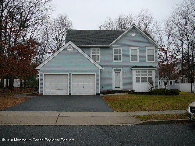 215  Kelly Lynn Lane,  Brick, NJ