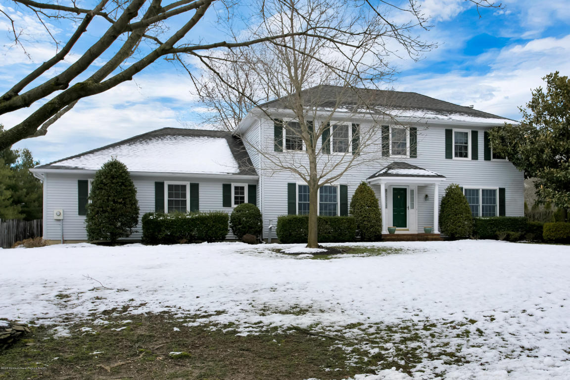 19  Todd Drive,  Middletown, NJ