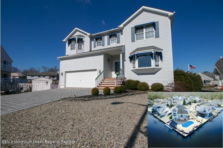 20  Starboard Court,  Bayville, NJ