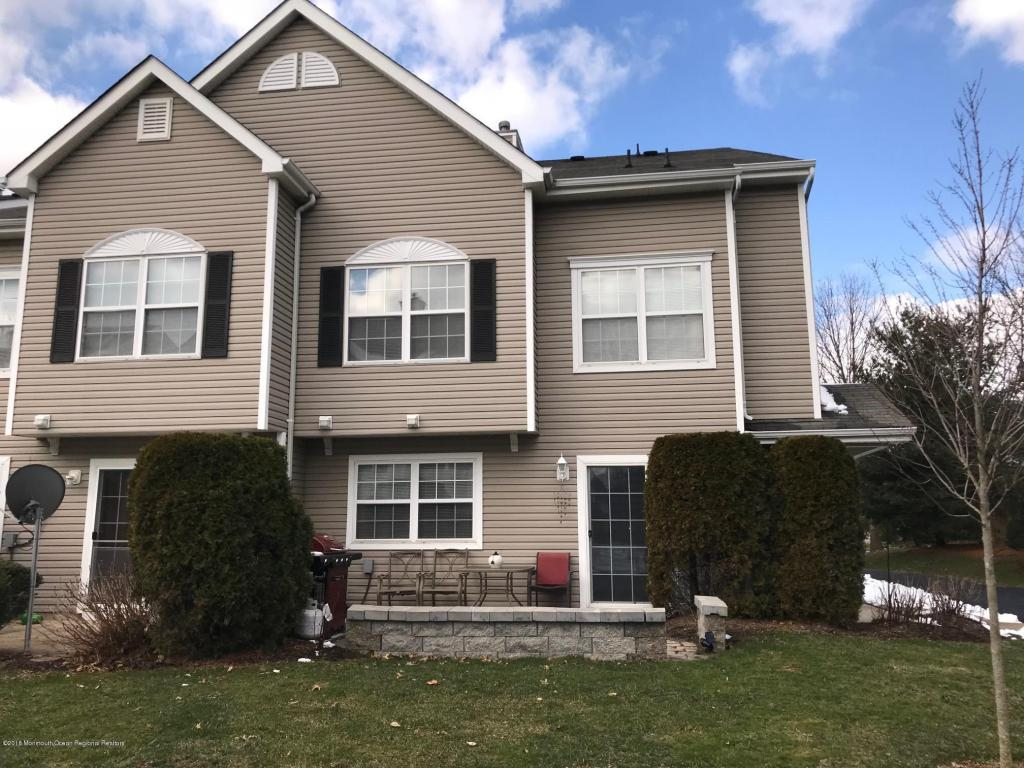 20  Fiddlers Elbow Court,  Howell, NJ