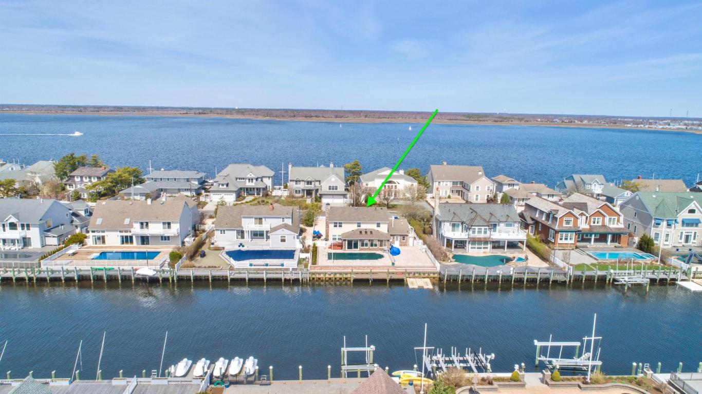 242  Curtis Point Drive,  Mantoloking, NJ