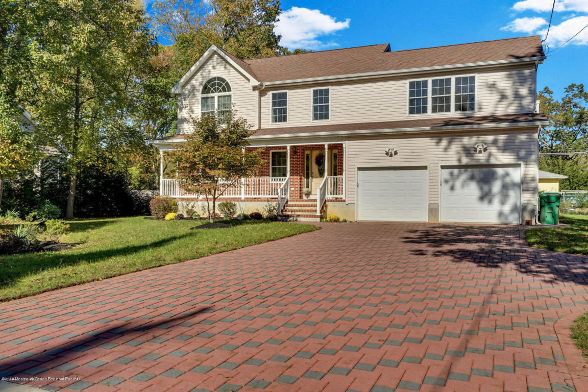 112  Larrabee Boulevard,  Howell, NJ