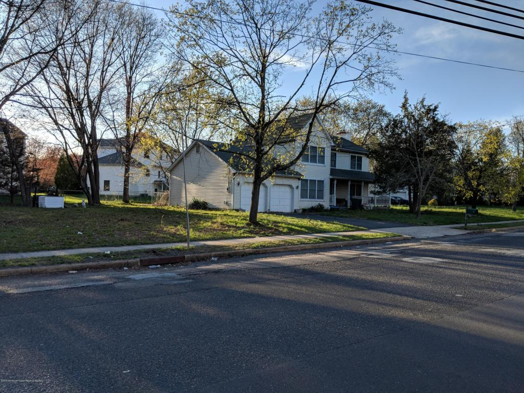 932  Somerset Avenue,  Lakewood, NJ