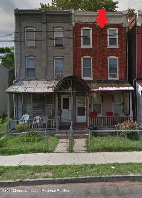 272  Walnut Avenue,  Trenton, NJ