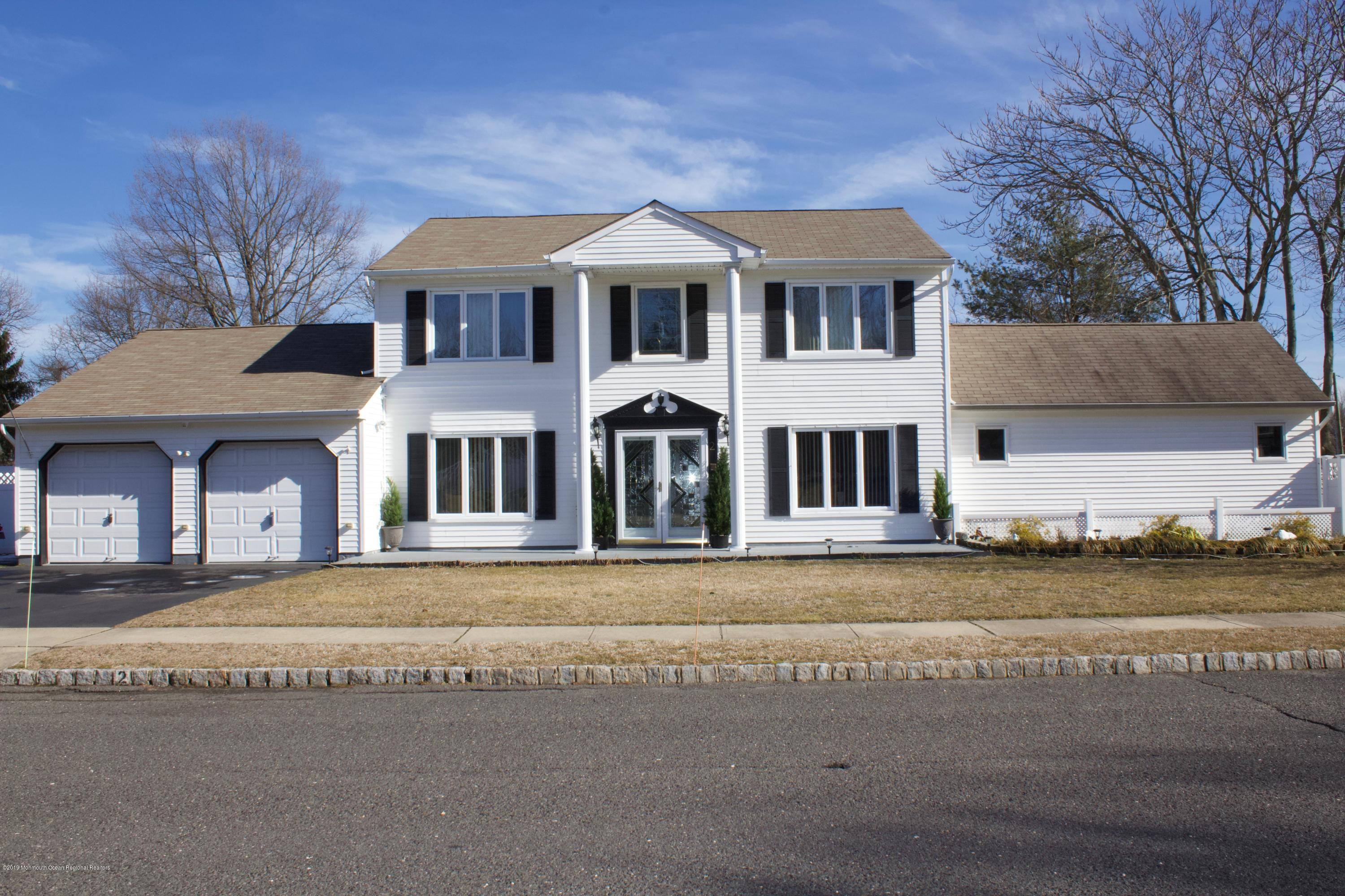 2  Buckingham Court,  Hazlet, NJ