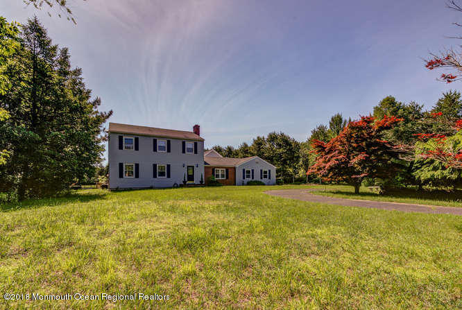891  Fort Plains Road,  Howell, NJ