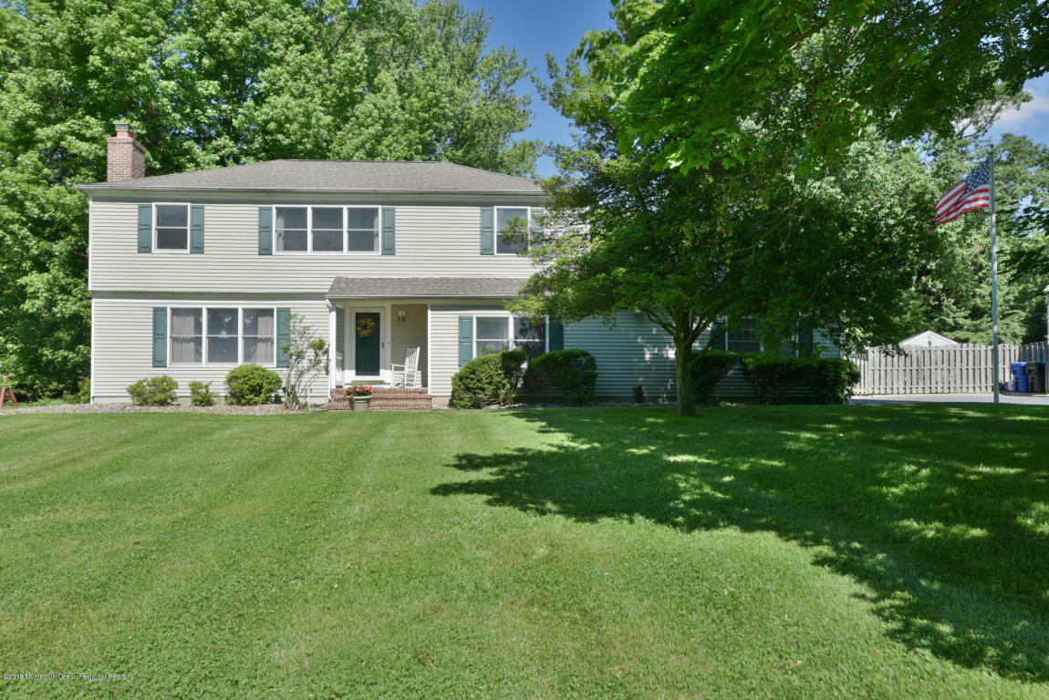 22  Nedshire Drive,  Middletown, NJ