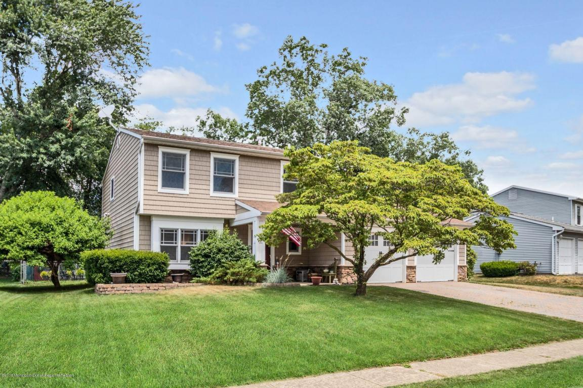 19  Markwood Drive,  Howell, NJ