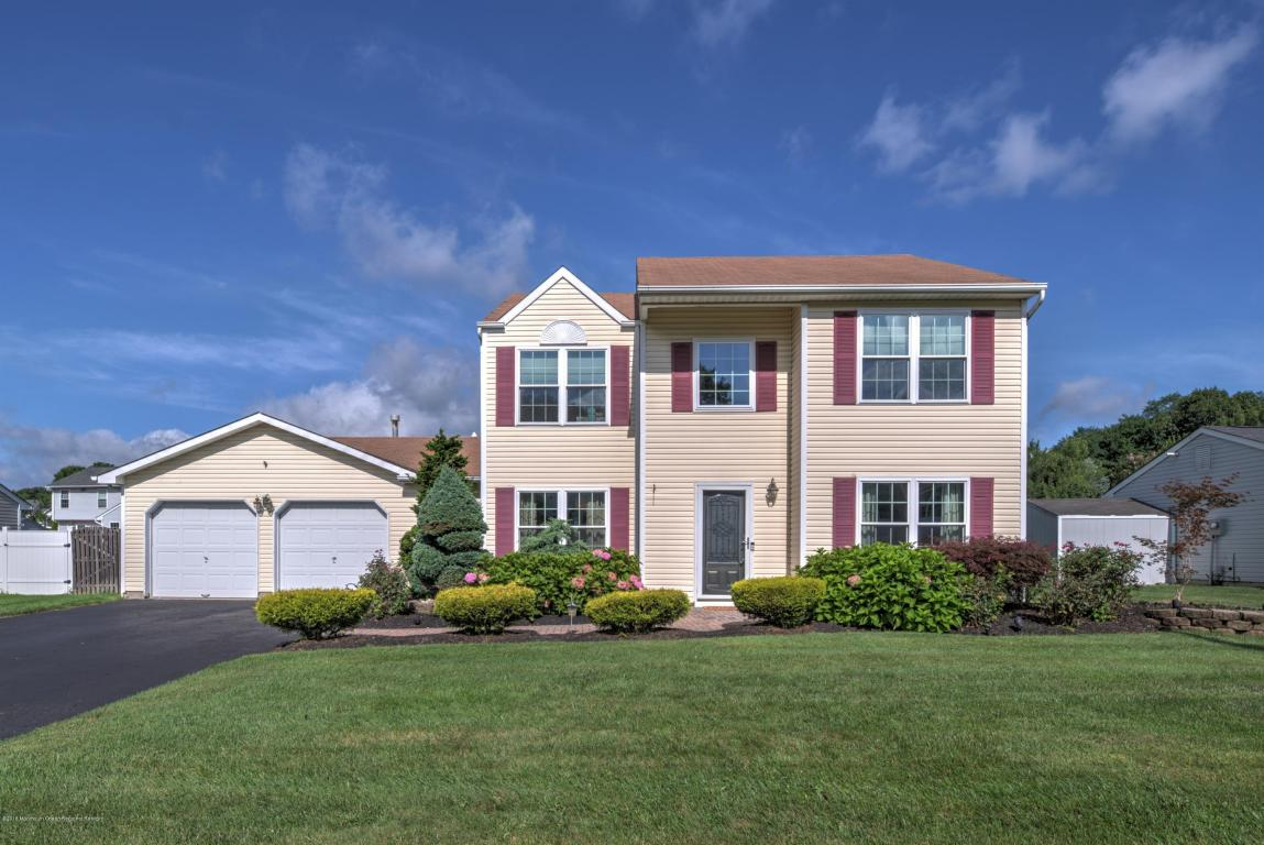 52  Sherrybrooke Drive,  Howell, NJ