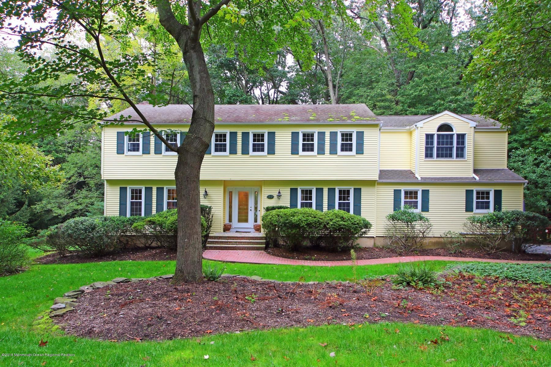 25  White Oak Ridge Road,  Middletown, NJ