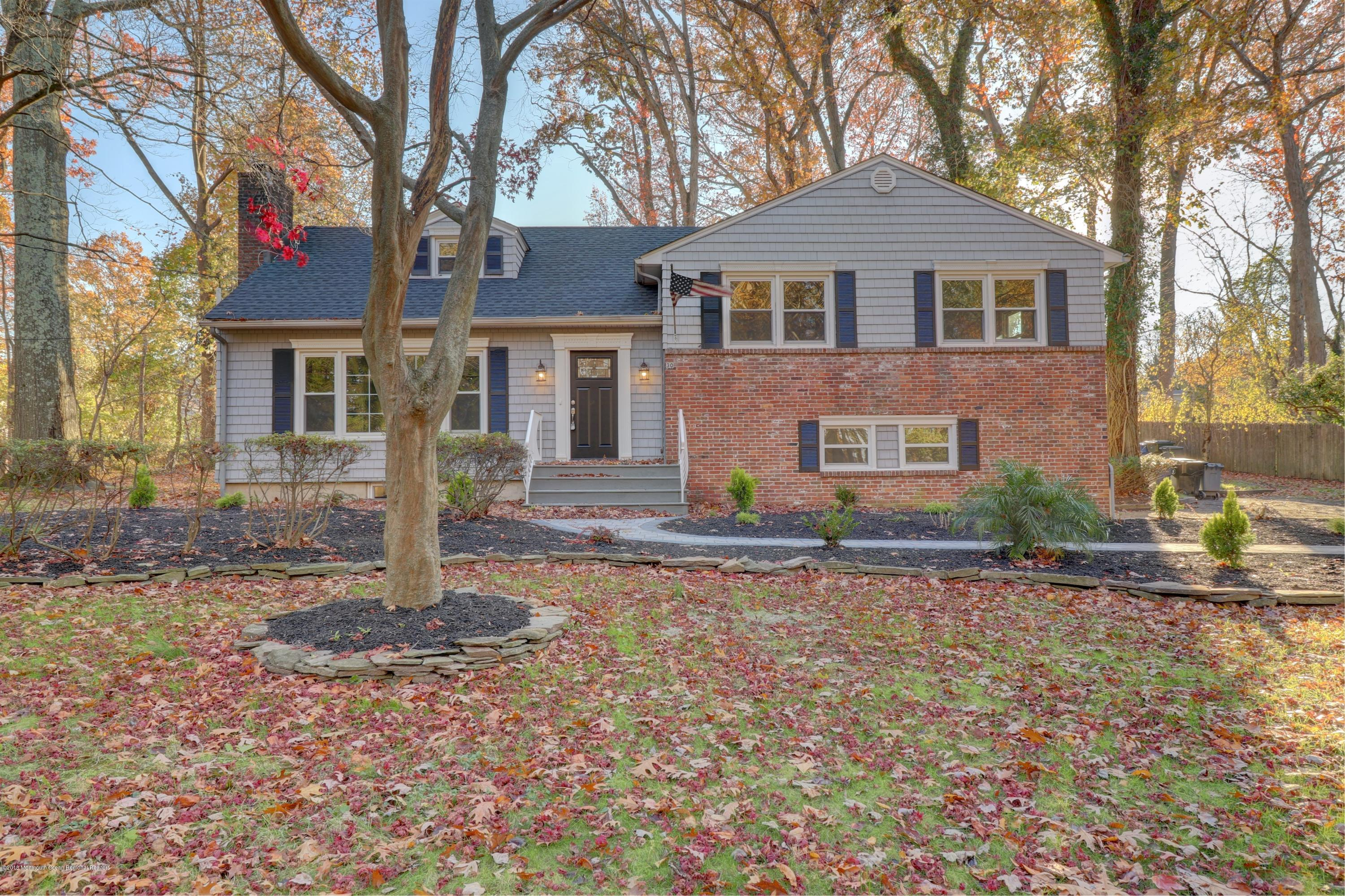 30  Woodland Drive,  Middletown, NJ