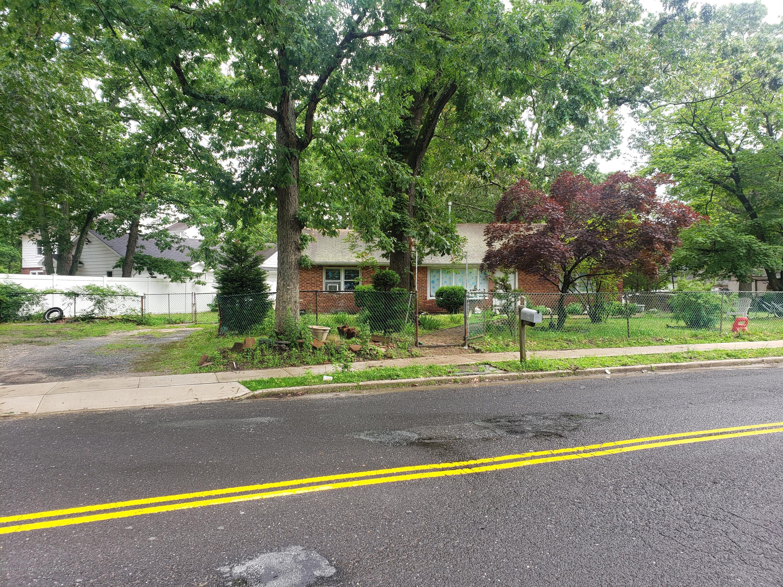 109  Gudz Road,  Lakewood, NJ